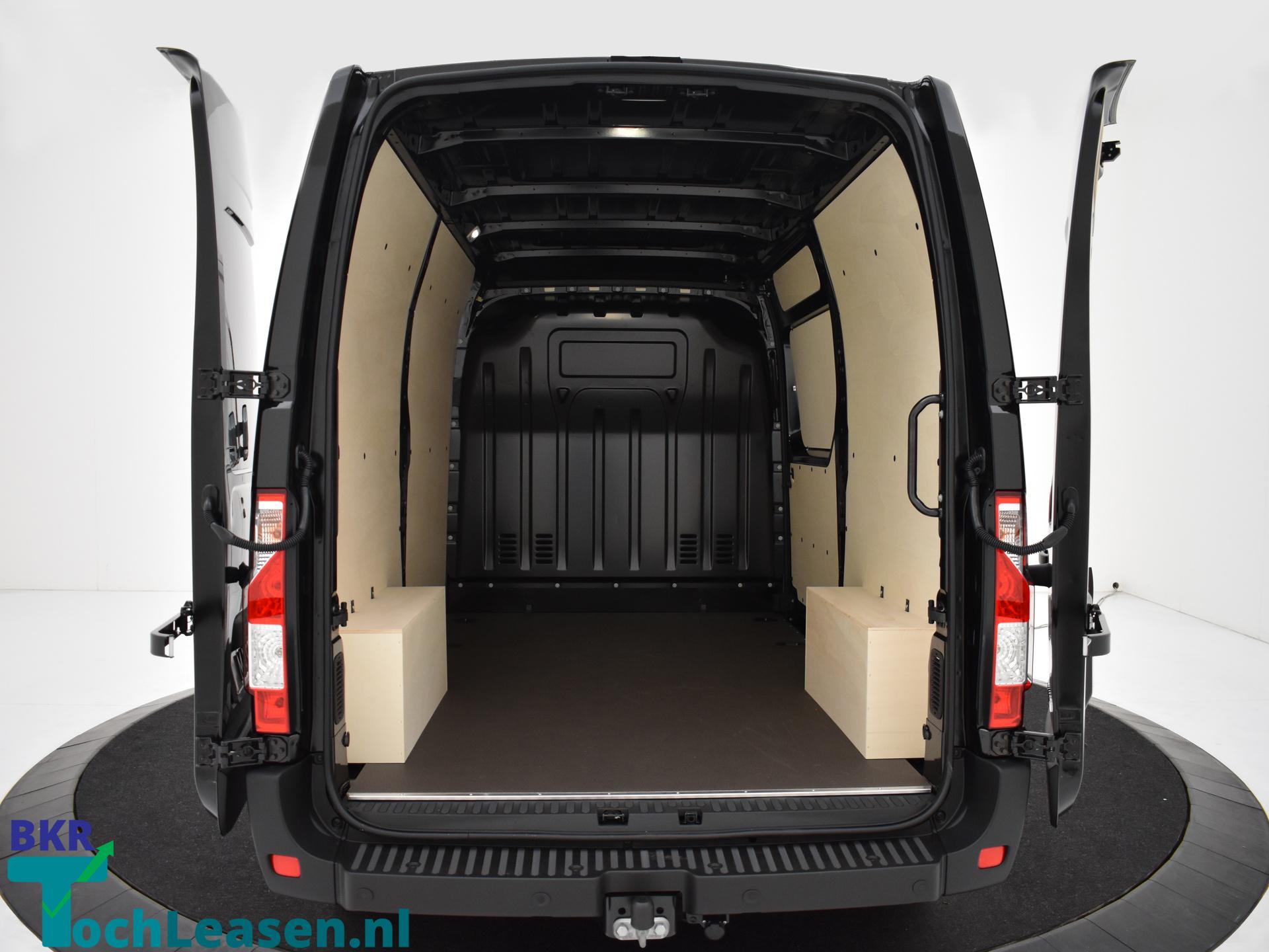 Renault Master L2H2 180 pk zwart achterkant open BKR toch Leasen