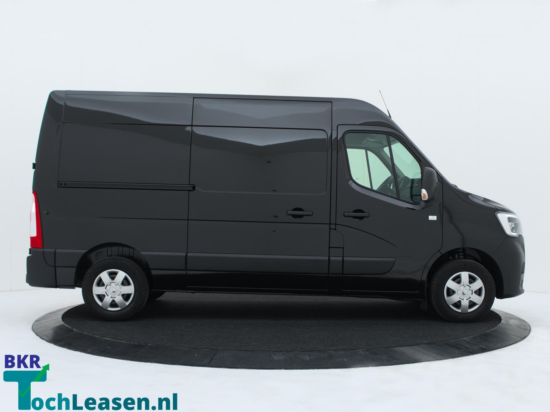 Renault Master L2H2 180 pk zwart zijkant 2 BKR toch Leasen