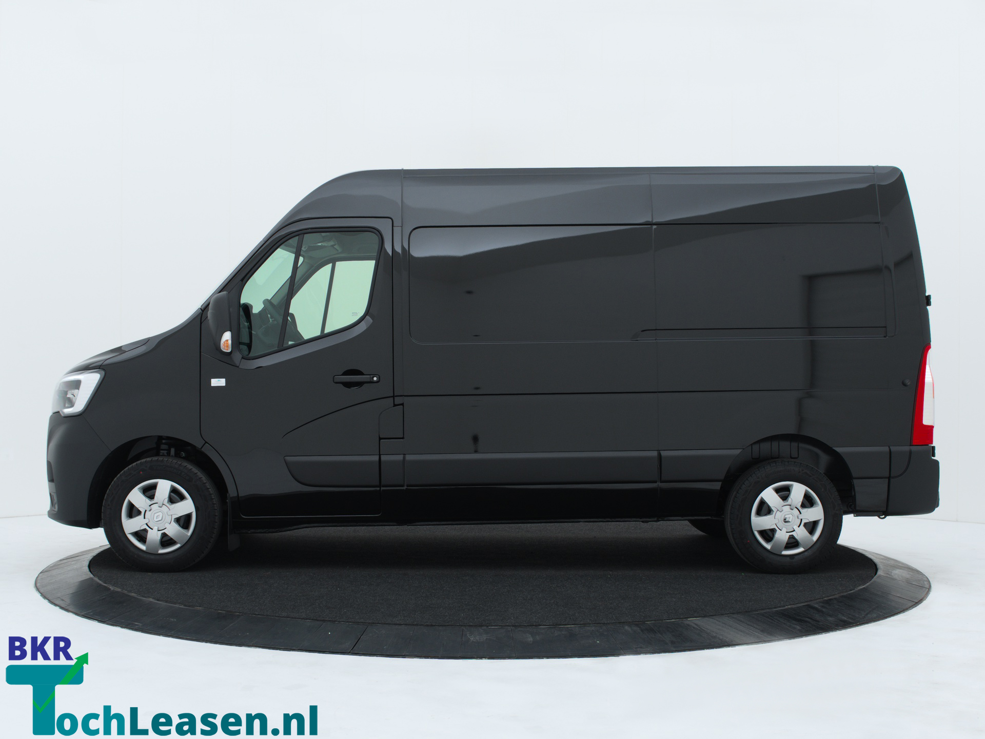 Renault Master L2H2 180 pk zwart zijkant BKR toch Leasen