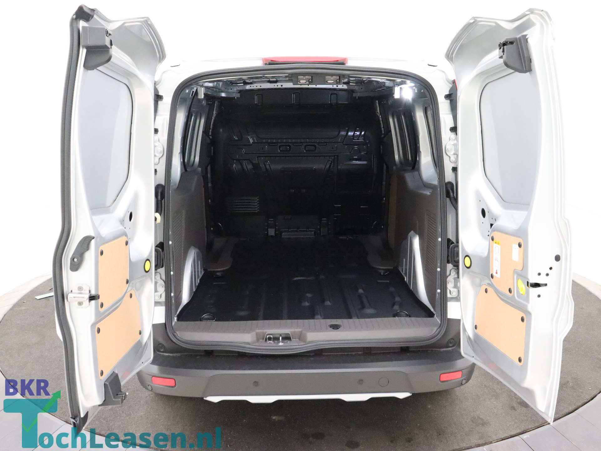 BKRTochleasen - Ford Transit Connect - Zilver 19